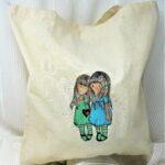regalos originales hecho a mano pintadas bolsa gorjuss 01
